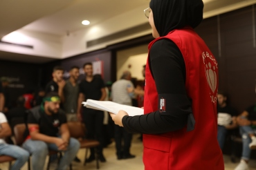 DSC Volunteers organizing the cues